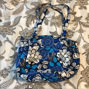 Vera Bradley set. Comes with matching euro wallet